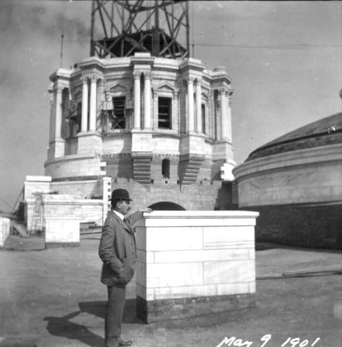 Minnesota State Capitol, Gilbert during construction, 1901