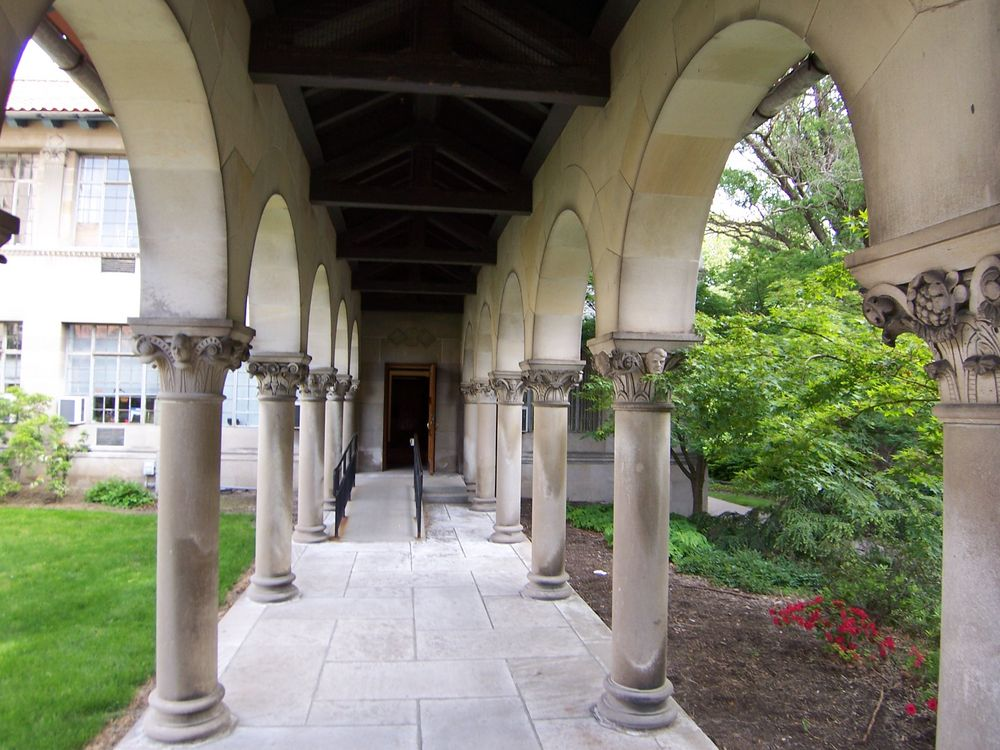 Oberlin Graduate School of Theology Quadrangle, Colonnade