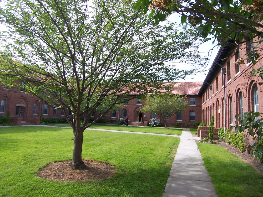 Oberlin Graduate School of Theology Quadrangle, Courtyard of the Theology Quadrangle, now  Asia House.
